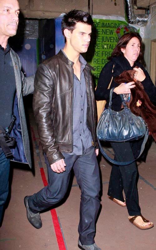 Taylor Lautner ( Twilight) 90