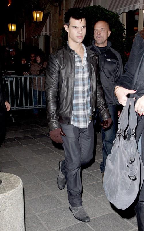 Taylor Lautner ( Twilight) 97